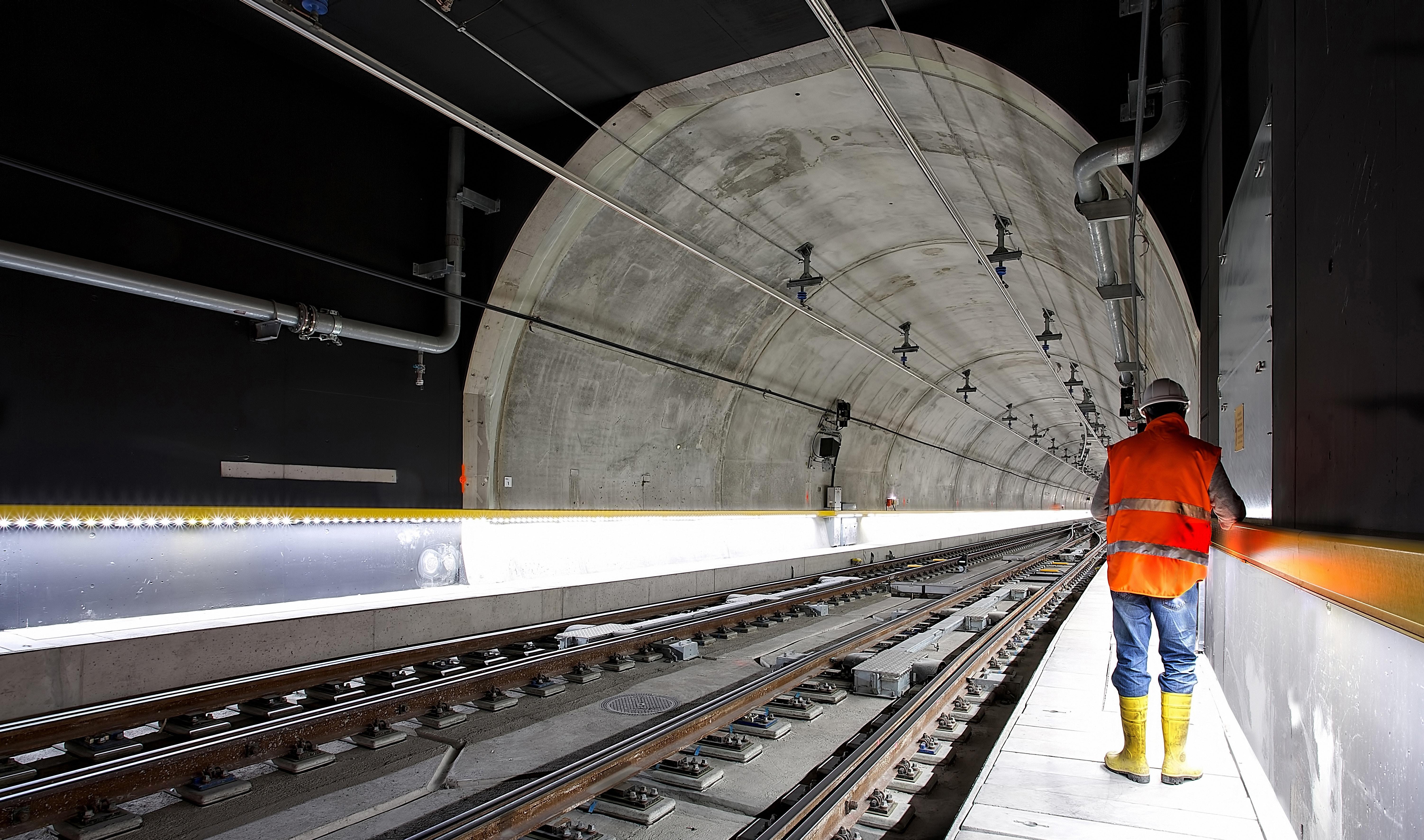 iot use in underground tunnels