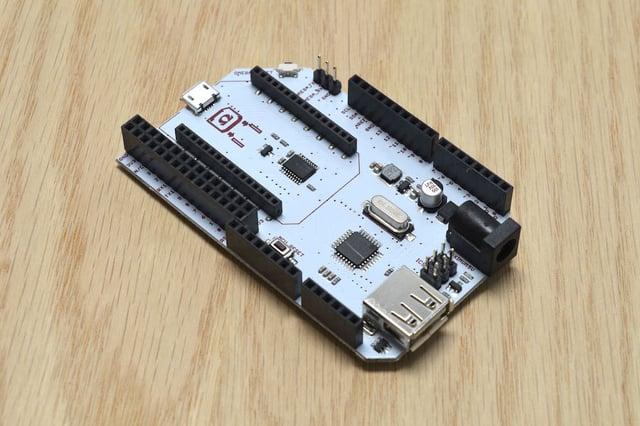 omega2-arduino-dock.jpg