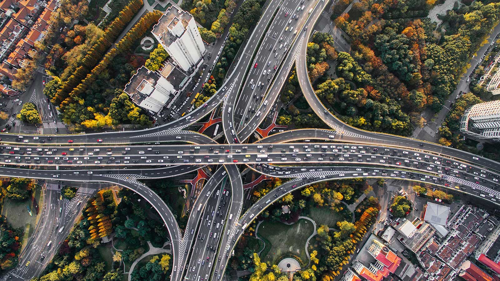 intersecting-highways-aerial-view